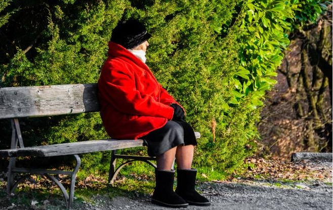 Loneliness Is Serious Problem, But Can Be Controlled, Study Says