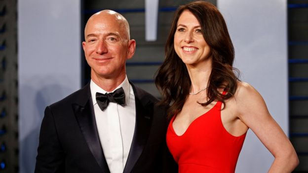 Jeff Bezos Accuses Tabloid of Blackmail