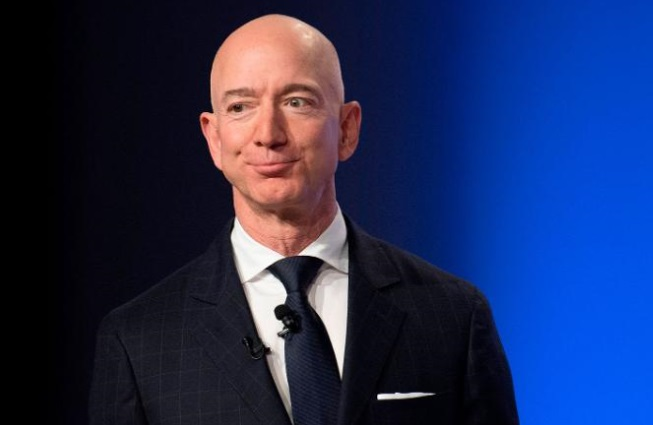 Bezos Points To High Connections In Alleged Blackmail