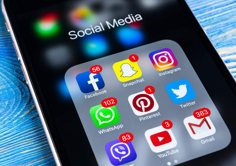Why we should remain in sync with the latest social media trends?